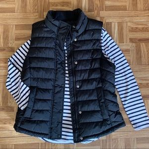 Gap Women's Black Puffer Vest